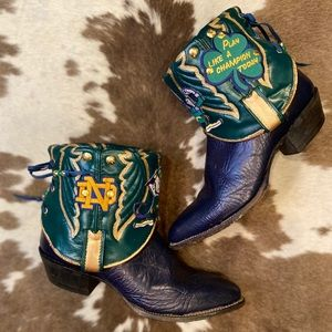 Handcrafted Norte Dame Tony Lama Cowgirl Booties 9